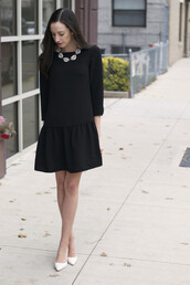the glam files,blogger,little black dress,white shoes,necklace,jewels,dress,shoes