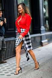 skirt,plaid,red,chrissy teigen,model off-duty,asymmetrical,asymmetrical skirt,sandals,celebrity