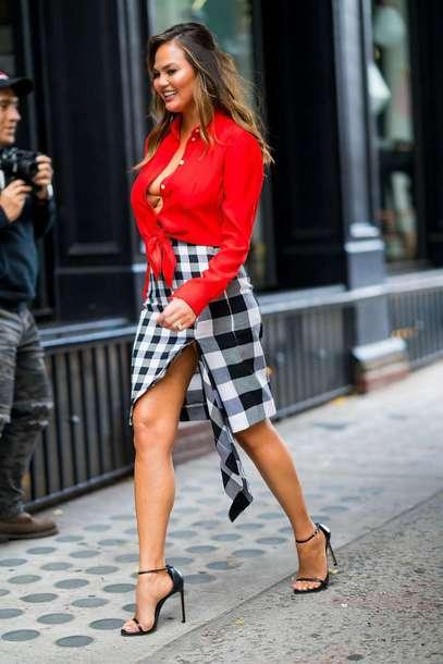 skirt plaid red chrissy teigen model off-duty asymmetrical asymmetrical skirt sandals celebrity
