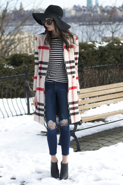 the glam files blogger hat sunglasses jewels coat top jeans shoes