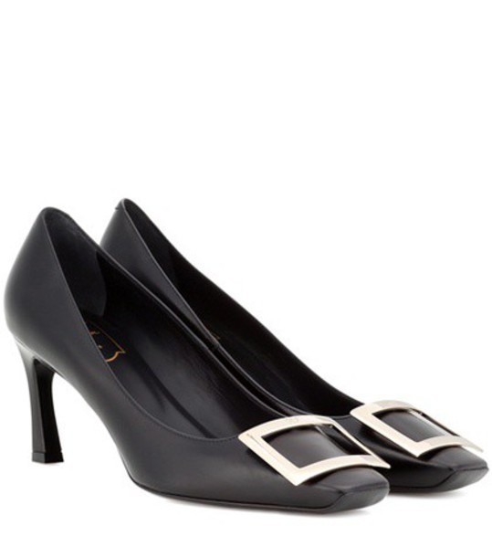 Roger Vivier Décolleté Belle Vivier Trompette leather pumps in black