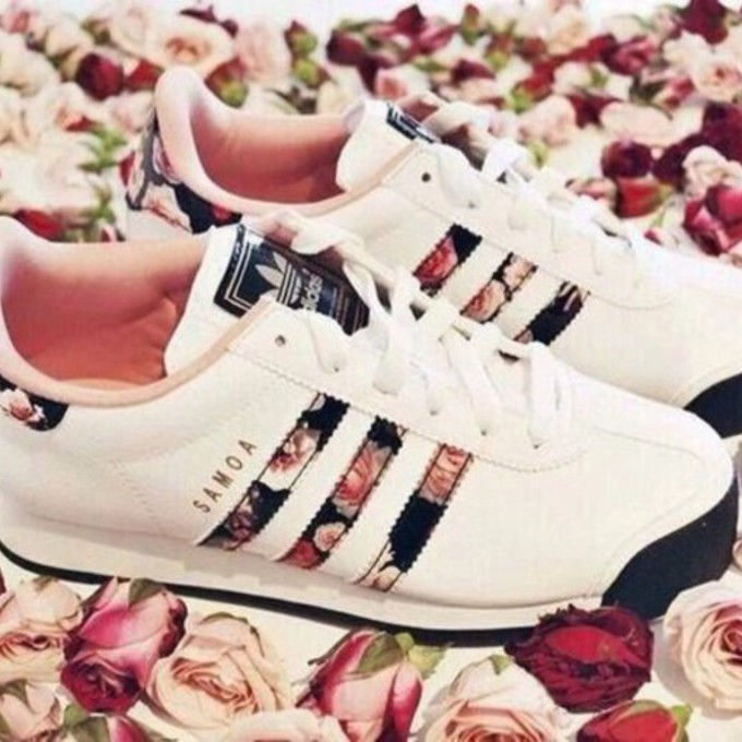Women Adidas Samoa Shoes