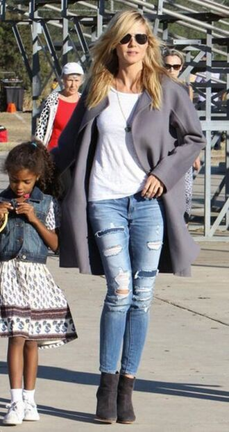 jeans top ripped jeans skinny jeans heidi klum ankle boots coat fall coat fall outfits