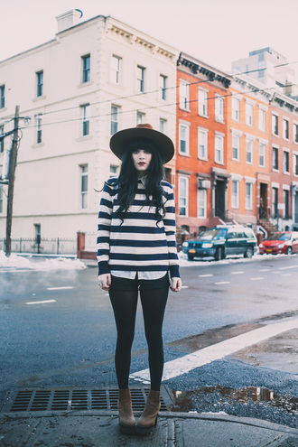 jag lever blogger hat striped sweater black shorts sweater shorts blouse shoes