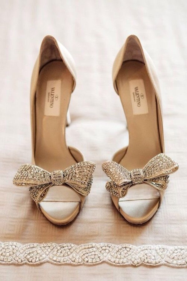 shoes bow heels wedding shoes bow high heels Valentino pinterest luxury strass peep toe heels peep toe pumps nude white valentino shoes nod sandal heels beige