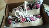 shoes,vans,platform shoes,floral