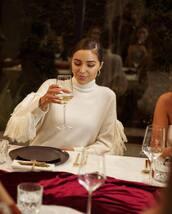 sweater,white sweater,celebrity,olivia culpo