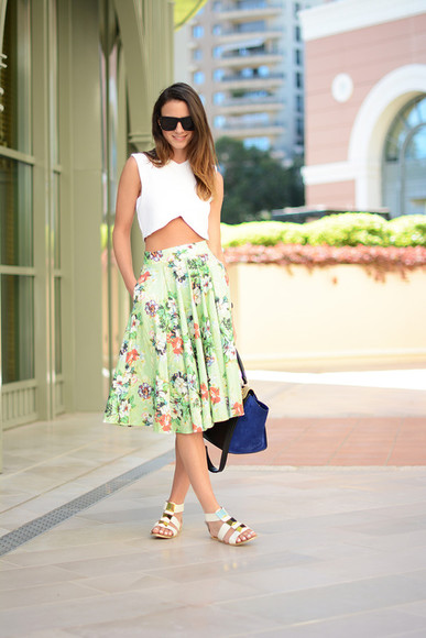 skirt top fashion vibe shoes jewels bag sunglasses