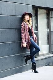 the marcy stop,blogger,knitted cardigan,high heels boots,printed cardigan