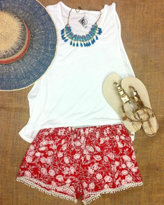 shorts floral jewelry sandals hat red red shorts 4th of july clothing july 4th summer outfits gold sandals gold sun hat flowered shorts t-shirt shoes