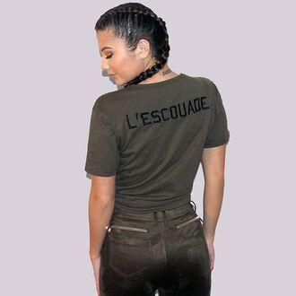 t-shirt maniere de voir distressed t-shirt ripped khaki kylie jenner kim kardashian yeezy kourtney kardashian style