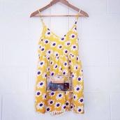 dress,yellow dress,floral,daisy,daisy dress,retro,multicolor,hipster,bright,tumblr,bag