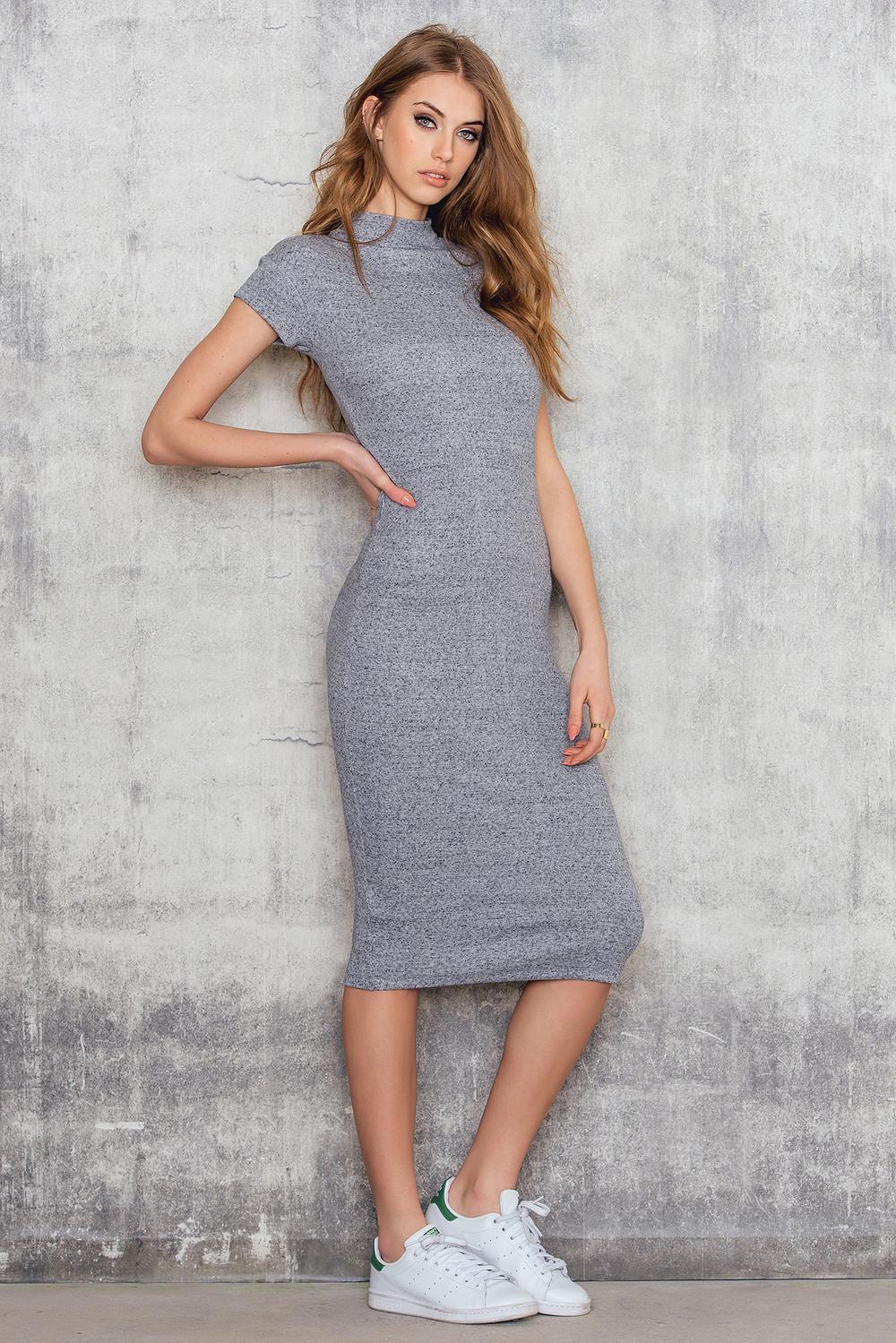 Трикотажное Платье Ниже Колена Купить