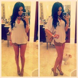 white blouse blouse shorts brown shorts