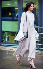 shoes,frayed dress,gucci mules,mules,nude shoes,gucci,gucci shoes,dress,nude dress,v neck dress,plunge v neck,maxi dress,top,bell sleeves,white top,bag,gucci bag