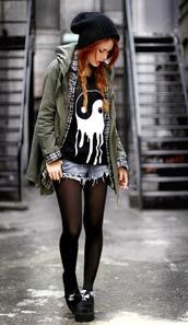 t-shirt,yin yang,skinny,smoking,creepers,jacket,yin-yang,grunge,black and white,yin yang shirt,shirt,shorts,flannel shirt,plaid shirt,melt,black,white,punk,goth,emo,alternative,melting,rock,punk rock,tights,ska,skater,skater girl,rock band,indie rock,army green jacket