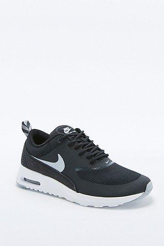 Nike Thea Beige Mujer