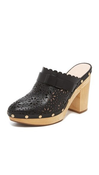 clogs black shoes