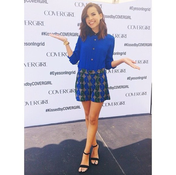 blouse blue blouse patterned shorts ingrid nilsen shorts button up