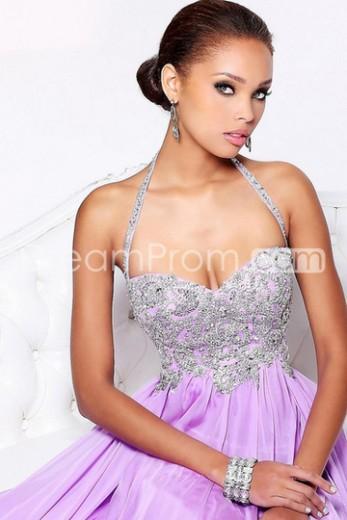 Buy Cheap Cheap 2013 Prom Dresses Sheath/Column Floor Length Purple Halter Chiffon Rhinestone CH800056 Default Category under $188.59 only in Udressprom.