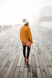 steffy's pros and cons,blogger,cardigan,jeans,hat
