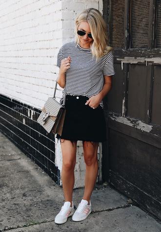 somewherelately blogger shorts t-shirt jacket hat sunglasses