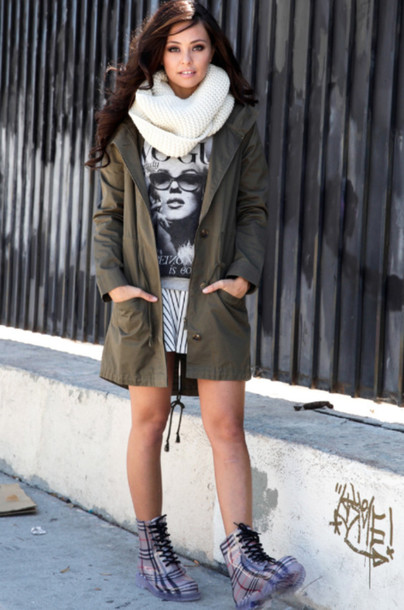jacket jacket utility jacket olive green olive utility jacket scarf infinity scarf graphic top mini skirt boots rainboots plaid rainboots off white scarf vogue print vogue print top pullover hipster cool stylish