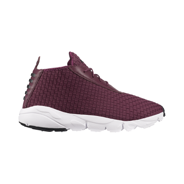 The Nike Air Footscape Desert Chukka Men's Shoe.