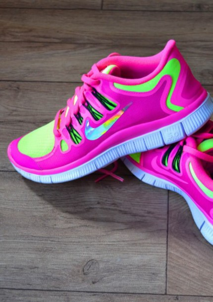 shoes pink green nikefree