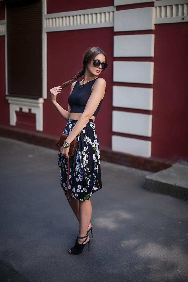 fashion agony top skirt shoes jewels bag sunglasses