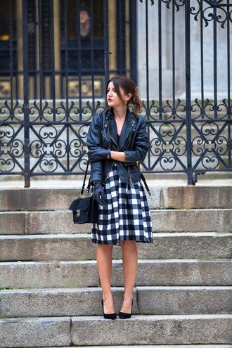 lovely pepa blogger bag gloves midi skirt perfecto