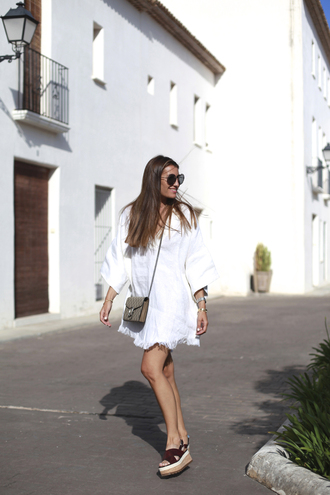b a r t a b a c blogger dress sunglasses long sleeve dress white dress mini dress round sunglasses wedges dionysus date outfit