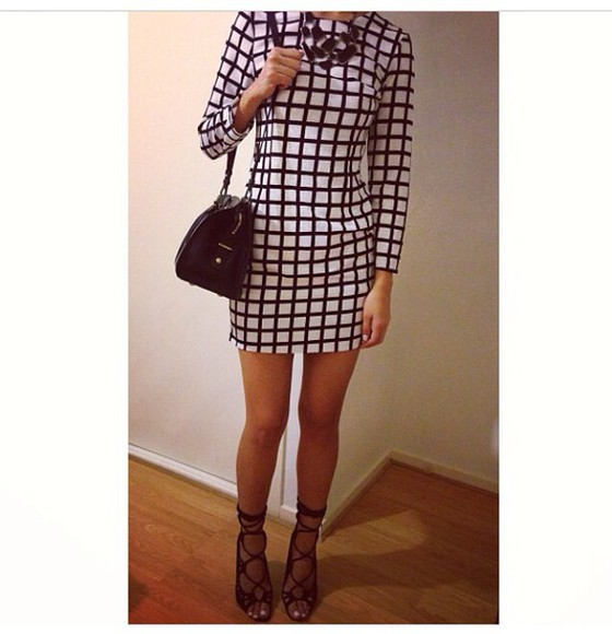 monochrome simple squares sleeves