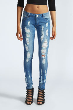 Darcy Stretch Skinny Ripped Jeans at boohoo.com