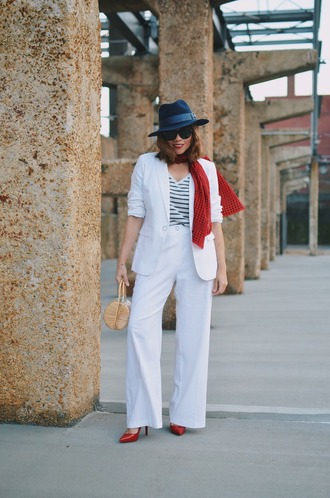 mysmallwardrobe blogger jacket pants top shoes scarf sunglasses bag hat blazer white pants red heels spring outfits