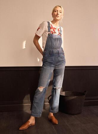 fashiongonerogue blogger top jewels t-shirt shoes loafers overalls jumpsuit