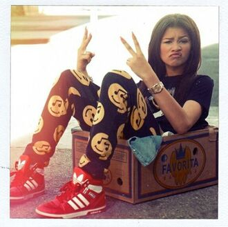 pants zendaya comfy smiley joggers