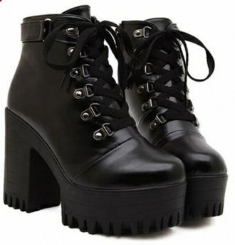 shoes platform platform boots platforms black fashion black platforms lace up laceupshoes lace up shoes lace up heels lace up ankle boots black boots pale pale grunge tumblr boots tumblr outfit