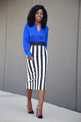blogger blouse blue top striped skirt pencil skirt