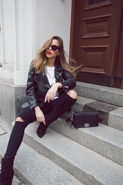 kenza blogger bag black ripped jeans white t-shirt leather jacket jacket