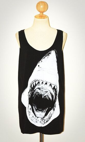 t-shirt perfect black whithe shark forher clothes style moda tiburon negro blanco tirantes grunge cute lindo soft