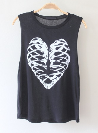 heart skeleton rib cage halloween t-shirt
