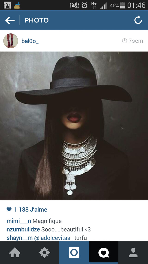 hat noir jewels