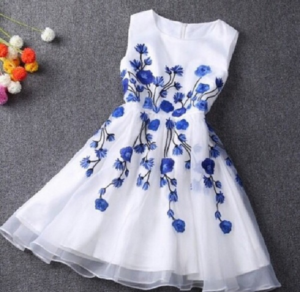 flowers vintage floral dress vintage soul dress white with blue flowers