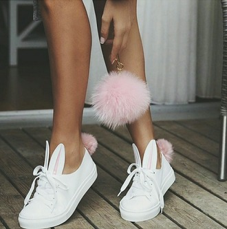 shoes sneakers fur keychain