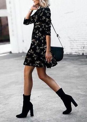 shoes black floral dress black handbag black square heels blogger
