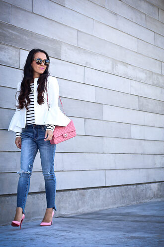 stylish petite blogger jacket shirt jeans sunglasses nail polish make-up jewels