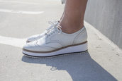 shoes,oxfords,white oxfords,white shoes,wingtip oxfords,embossed shoes,platform shoes,wedge sneakers,all white everything