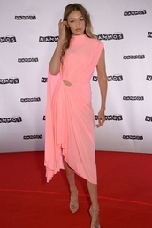dress,celebrity,gigi hadid,model,pink,midi dress,summer dress,asymmetrical,asymmetrical dress