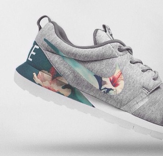 shoes nike roshe run nike nike roshe run nike grey floral roshe runs roshes floral blue cotton nike sneakers nike free run trainers running sportswear athletic run nike running shoes flowers grey pink rosh run floral sneakers roshe run grey flower roshe runs running shoes floral shoes grey flower print nike nike roshes floral cool nike floral print roshe run grey floral nike running shoes summer outfits summer shoes lovers + friends like a boss dress prom 2014 full length forever hill model heart ball sparkle sequins ring infinity bff best jewelry silver rose gold jewels nike grey floral roshe sports shoes fitness flower shoes baskets nikes neon grey sneakers teal floral print pinterest nike shoes grey shoes hibiscus roses nike air nike shoes floral beautiful sea style grey floral nike shoes green summer hippie boho nike fabric floral fabric nike floral sneakers floral print shoes